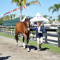 Trainer Roz Kinstler and Carino H, owned by Ellie Brimmer