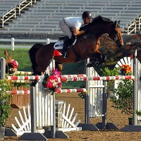 Alex Granato and Mullaghdrin Rado win the $15,000 Welcome Class