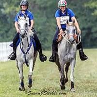 Southeast team's Morgan Watson and Cassandra Roberts approach the finish line (SusanJStickle.com)
